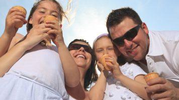 Darum kleben Eltern Münzen unter die Schuhsohlen ihrer Kinder - 11 praktische Tipps für Eltern