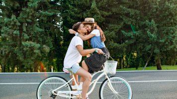 Ewige Liebe: Diese zwölf Stars haben ihre Jugendliebe geheiratet